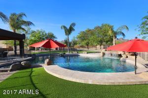2350 W MCKELLIPS Boulevard, Apache Junction, AZ 85120