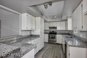 26421 S NICKLAUS Drive, Sun Lakes, AZ 85248