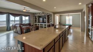 22015 N DIAMOND Drive, Maricopa, AZ 85138