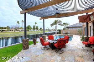 8202 E DEL CADENA Drive, Scottsdale, AZ 85258