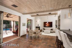 6241 E Calle Del Norte  Street Scottsdale, AZ 85251