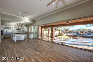 11337 E WHITETHORN Drive, Scottsdale, AZ 85262