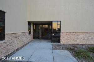 815 E WARNER Road, B100, Chandler, AZ 85225