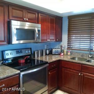 6739 N 44TH Avenue, Glendale, AZ 85301