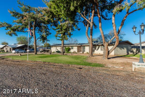 5302 N 83rd Avenue, Glendale, AZ 85303