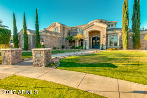 2542 E MELROSE Street, Mesa, AZ 85213