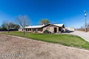5242 N 83rd Avenue, Glendale, AZ 85303