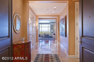 Property for sale at 2211 E Camelback Road Unit: 804, Phoenix,  AZ 85016