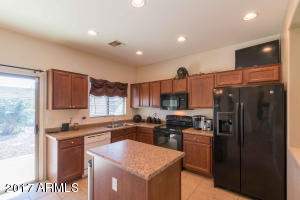 213 W REEVES Avenue, San Tan Valley, AZ 85140