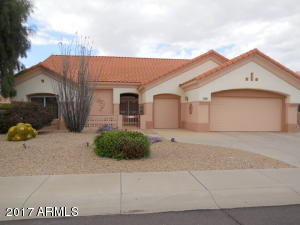 14240 W Rico Dr., Sun City West - This lovely Sedona floor plan with split master, spacious kitchen, 2 pantry's, lots of windows, 2 bedroom + den.