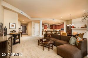 Property for sale at 8 E Biltmore Estate Unit: 117, Phoenix,  AZ 85016