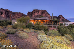 2620 N PROSPECTORS Road, Apache Junction, AZ 85119