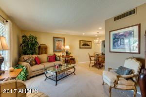 10220 W WHITE MOUNTAIN Road, Sun City, AZ 85351