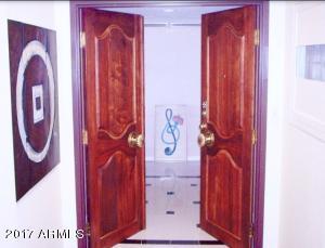 Property for sale at 207 W Clarendon Avenue Unit: 12FG, Phoenix,  AZ 85013