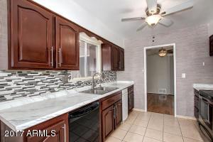 beautiful kitchen and updated backsplash
