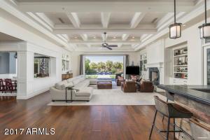 Property for sale at 18884 N 98th Street, Scottsdale,  AZ 85255