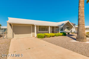 10608 W CROSBY Drive, Sun City, AZ 85351