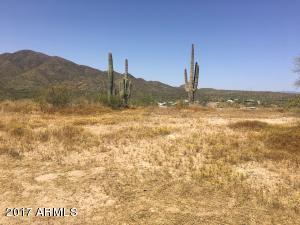 4472x N Perdiz, 63, New River, AZ 85087