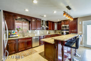 1851 W WILDHORSE Drive, Chandler, AZ 85286