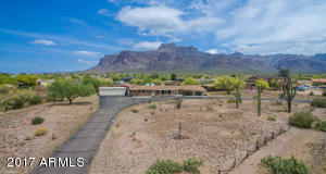 5460 E 10th Avenue, Apache Junction, AZ 85119