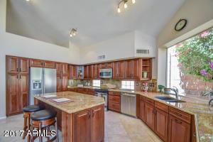 Property for sale at 14245 S 8th Street, Phoenix,  AZ 85048