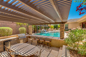 Property for sale at 623 W Alamosa Drive, Chandler,  AZ 85248
