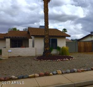 8850 W MEADOW Drive, Peoria, AZ 85382
