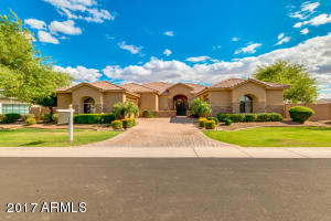 Prestigious Whitewing gated community custom home home with separate casita