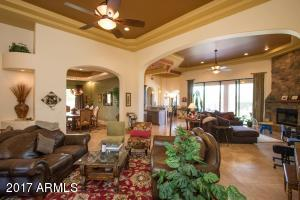 Huge Open Living Room with plenty of room for a Billiards/Game Room