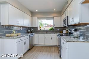 7635 N 46TH Avenue, Glendale, AZ 85301