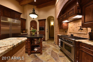 Property for sale at 28047 N 96th Place, Scottsdale,  AZ 85262