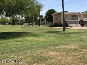 10834 N FAIRWAY Court W, 122, Sun City, AZ 85351