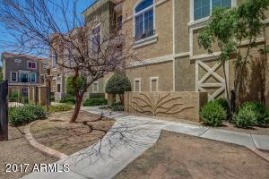 2450 W GLENROSA Avenue, 20, Phoenix, AZ 85015