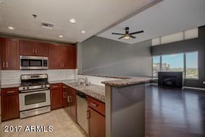 2302 N CENTRAL Avenue, 613, Phoenix, AZ 85004