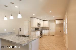 6609 W MISSOURI Avenue, Glendale, AZ 85301