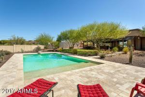 805 W QUARTZ ROCK Road, Phoenix, AZ 85085