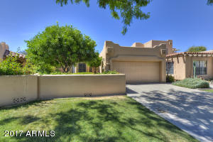 5765 N 78th Place
