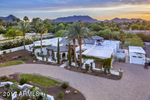 9016 N 60th  Street Paradise Valley, AZ 85253