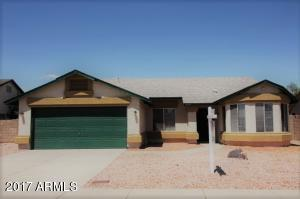 Fantastic 3 Bedroom home has been freshly painted and newer carpet.
