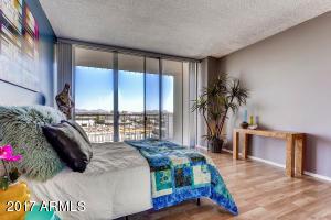 207 W CLARENDON Avenue, D8, Phoenix, AZ 85013