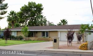 28 E MOON VALLEY Drive, Phoenix, AZ 85022