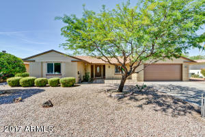 10601 W BROOKSIDE Drive, Sun City, AZ 85351