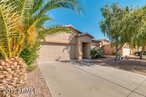 679 E RENEGADE Place, San Tan Valley, AZ 85143