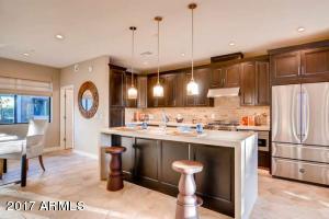 3233 N 70TH Street, 1012, Scottsdale, AZ 85251