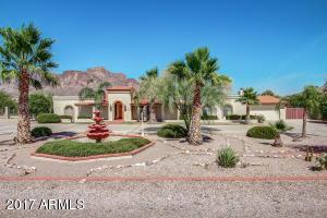 959 N ROADRUNNER Road, Apache Junction, AZ 85119