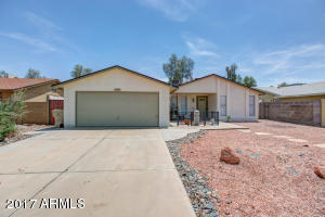 6207 W ZOE ELLA Way, Glendale, AZ 85306