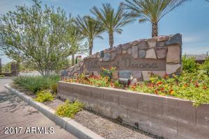 820 E Gary Lane, Phoenix, AZ 85042
