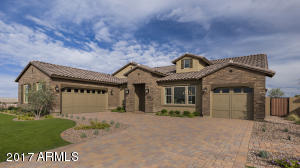 3510 E Aquarius Place, Chandler, AZ 85249