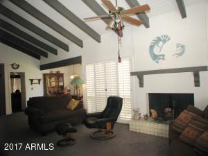2833 N 61st Street, Scottsdale, AZ 85257