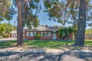 4039 E CHEERY LYNN Road, Phoenix, AZ 85018